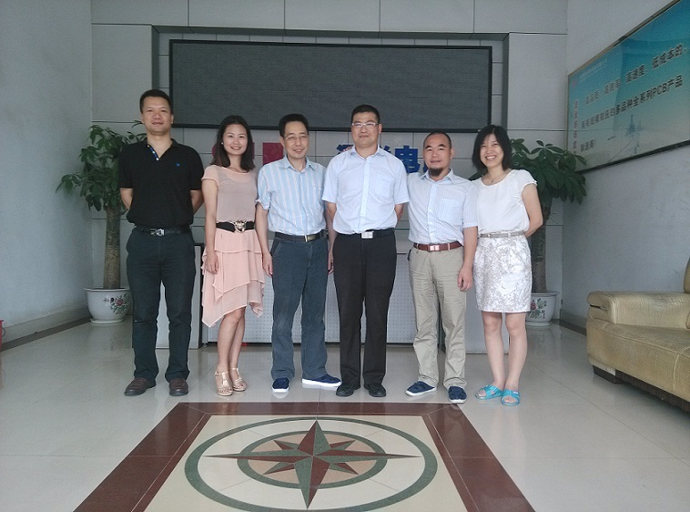 Philips Lighting Visits S&L to discuss PCB technology